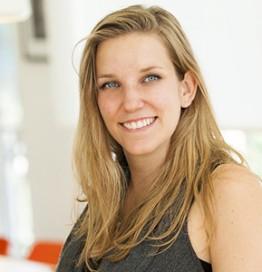 Bernadine Bröcker, Vastari (UK)